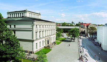 Universitätsplatz (Photo: Norbert Kaltwaßer)